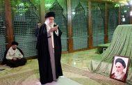حضور رهبر انقلاب در مرقد مطهر امام (ره)