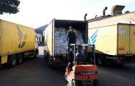 بسته های غذایی ایرانسل به زلزله زدگان سی سخت اهدا شد